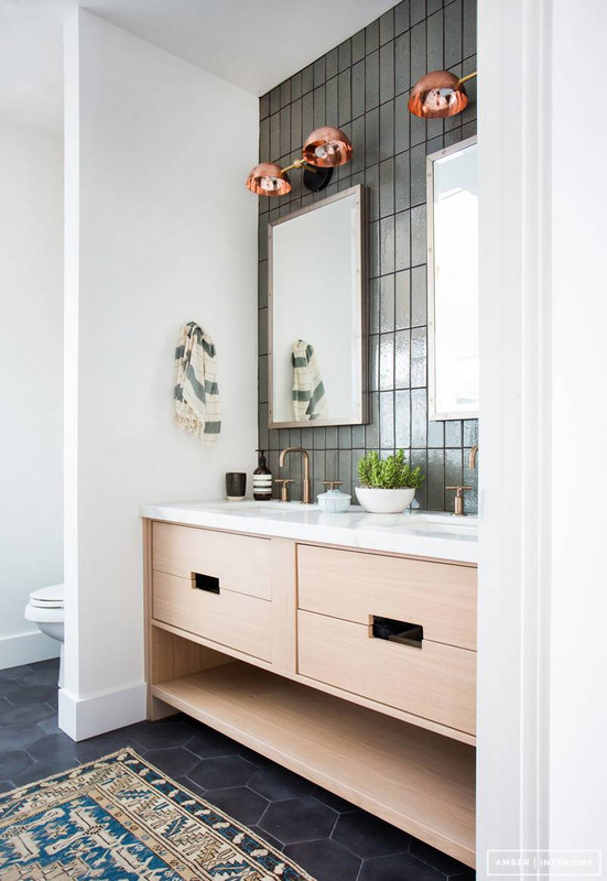 before-and-after-bathroom-makeovers-that-give-us-hope-small-bathroom-makeovers-570d3bbea45f30b81220c56e-w620_h800